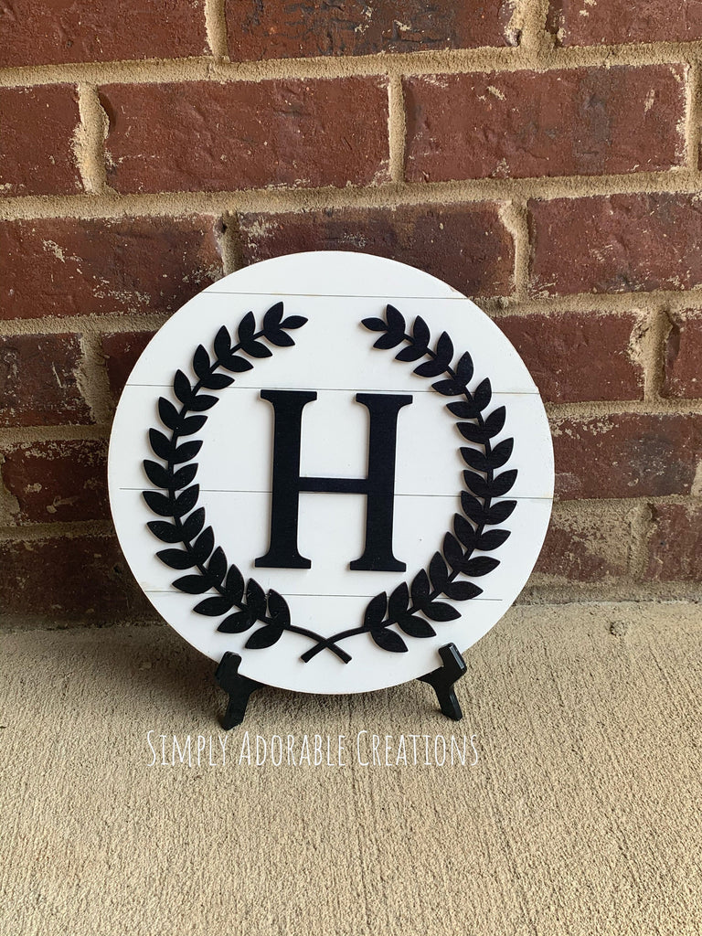 Monogram Shiplap Laurel Wreath  Round with Block Font - Simply Adorable Creations
