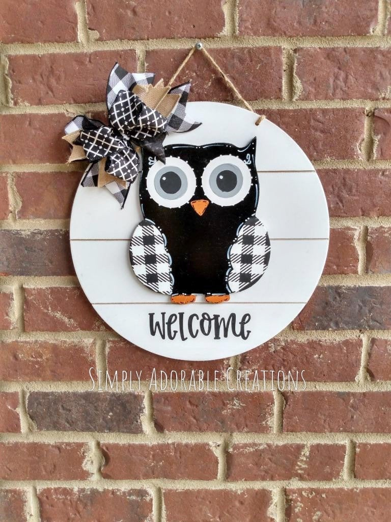 Owl Door Hanger, Shiplap Owl Teacher Sign, Farmhouse Classroom Decor , Teacher Gift,Nursery Owl  Door Hanger,Teacher Christmas
