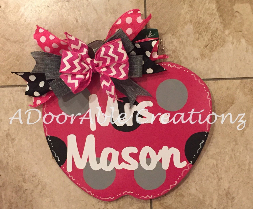 Personalized Teacher Apple Door Hanger - Simply Adorable Creations