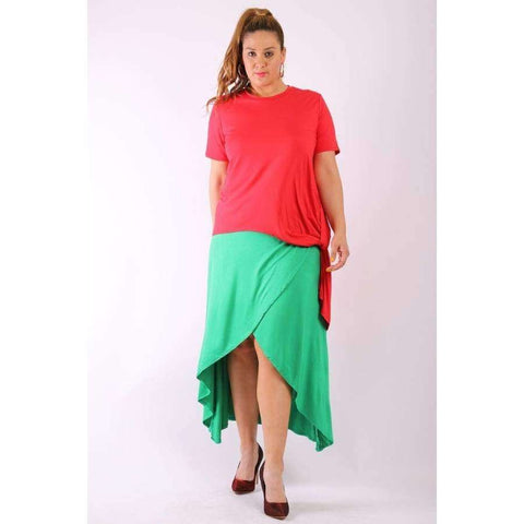 Solid Red Short Sleeve Tee Top Gathered Side Detail and Long Body Back Tail (Curvy Sizes Only) - 1XL - Top