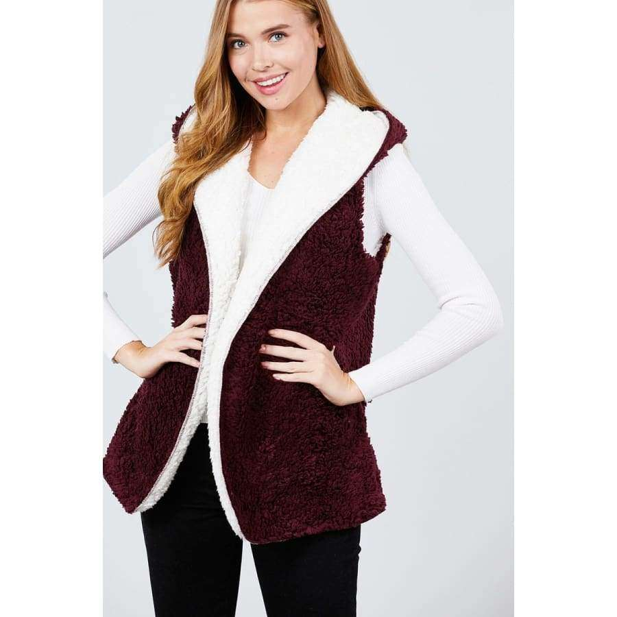 Open Front w/Hoodie White/Burgundy Faux Fur Reversible Vest - S - Basic Jackets