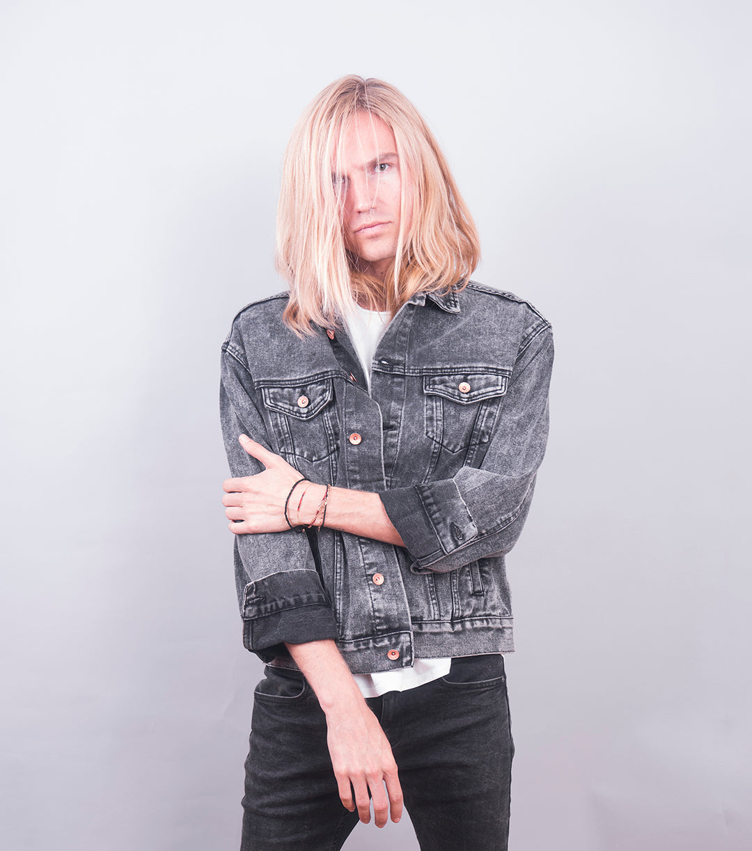 Rocker Back Denim Jacket (Grey Acid Wash)