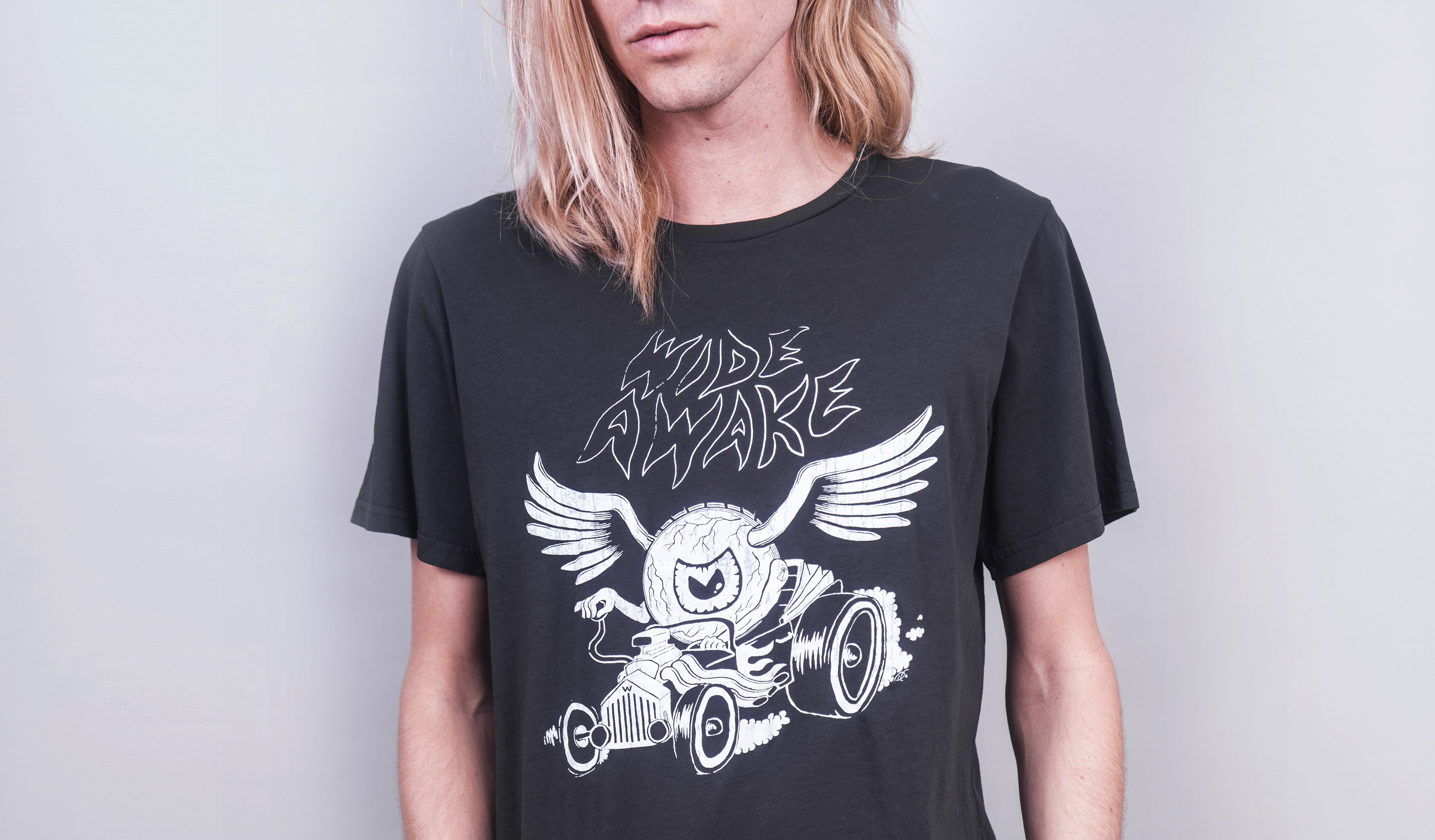 Wide Awake (Vintage Black)