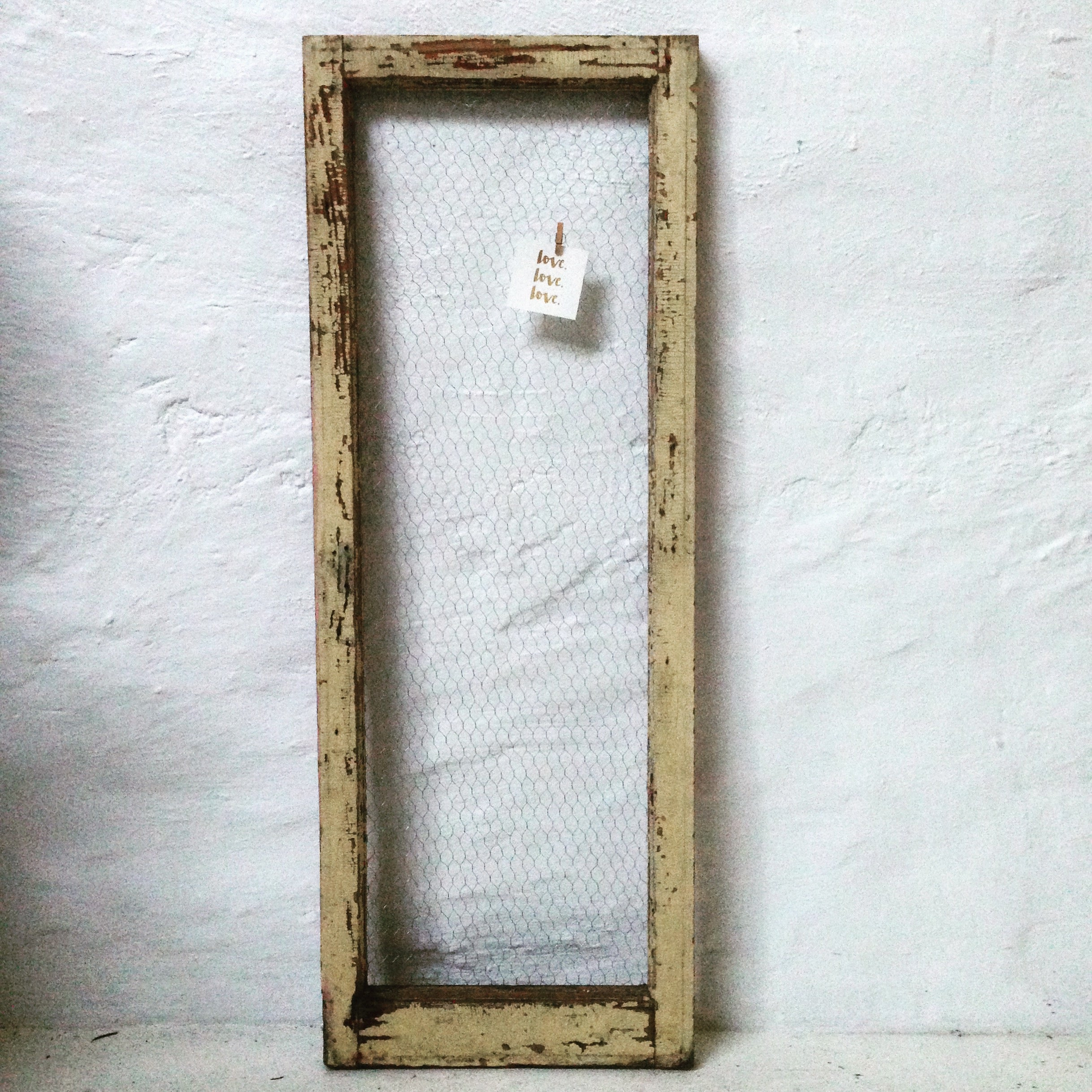 Frame – rustic timber and chicken wire