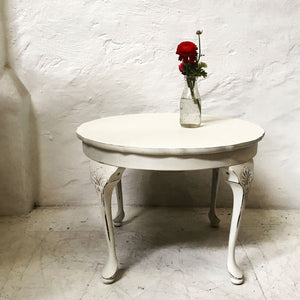 Table - Round - Ornate - White