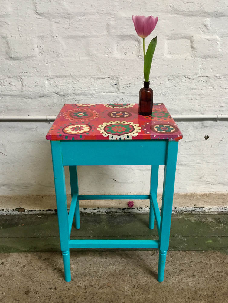Table – small, aqua with colourful top