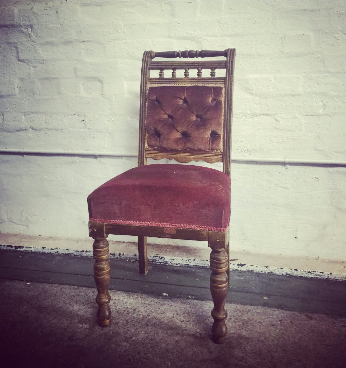 Chair - Velvet - Burgundy