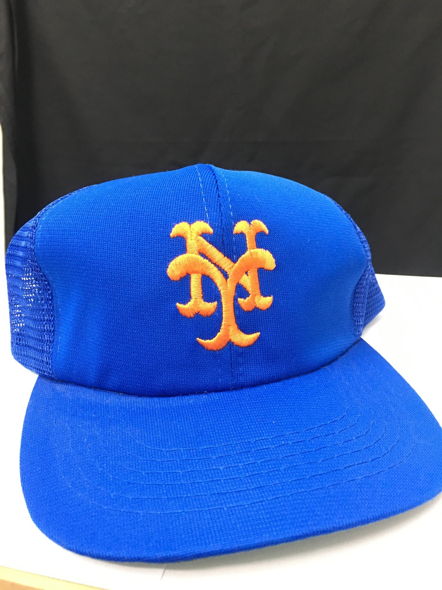 New York Giants Mesh Adjustable Truckers Cap