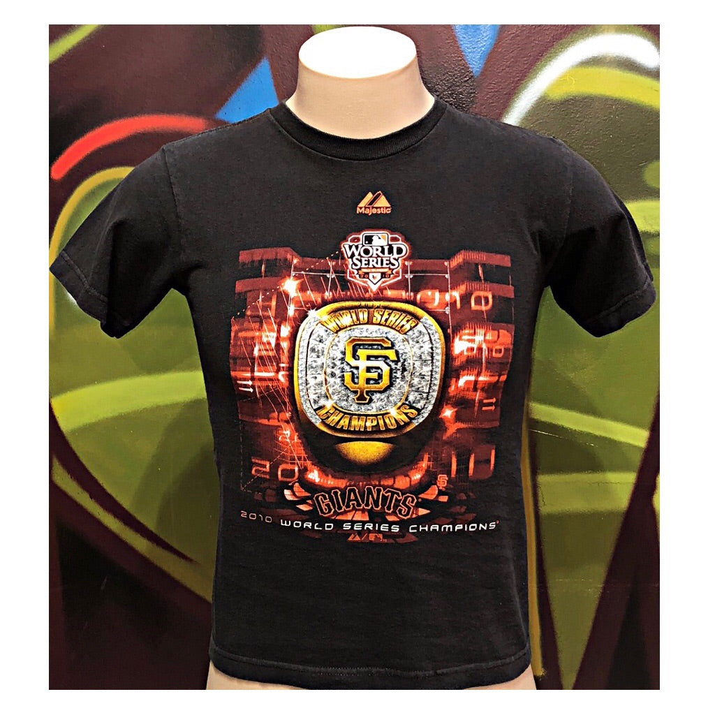 Youth M Majestic 2010  World Series Champions SAN Francisco Giants T-Shirt