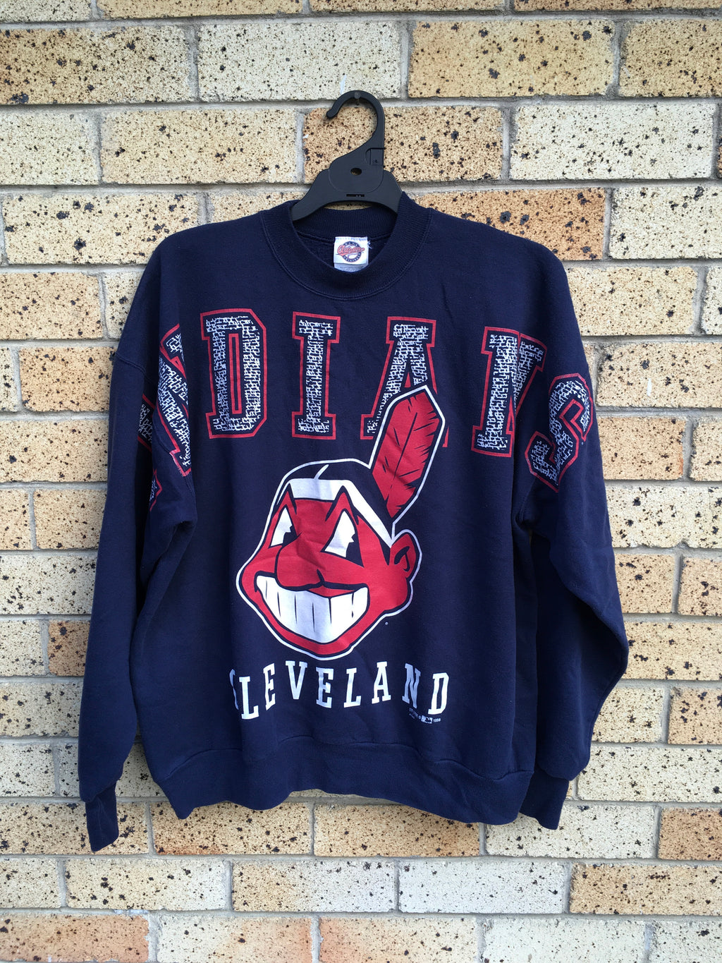 Vtg Men's Sz XL Cleveland Indians spell out sweater 🔥