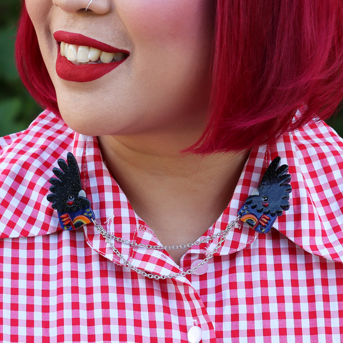 Erstwilder The Rare Red-Tail Cockatoo Cardigan Clips