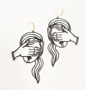 Peek-a-boo Earrings in Black
