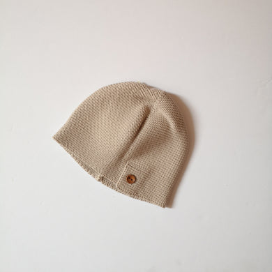 Wood button cotton knit hat