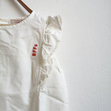 Load image into Gallery viewer, [60%OFF] 'BFFS' RUFFLES BLOUSE OFF-WHITE