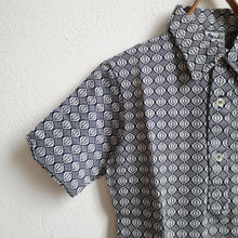 Load image into Gallery viewer, [Unworn]  VINTAGE Geometric print polo (dead stock)