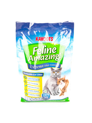 Feline Amazing Extreme cat litter bag. Picture of an adult cat and a kitten on the bag, 14lb