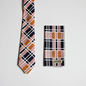 Domino Necktie in Blush