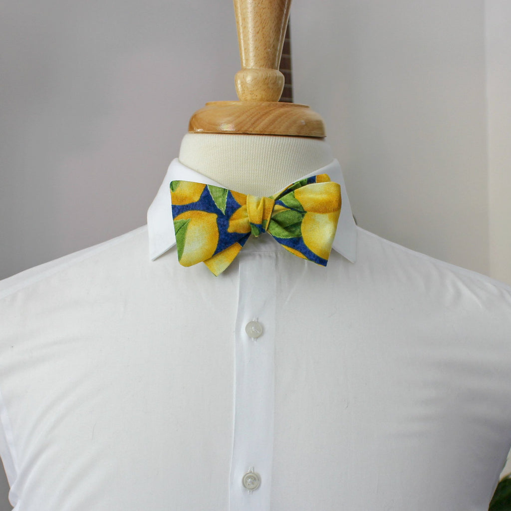 Fruity Pie Bow Tie in Lemon