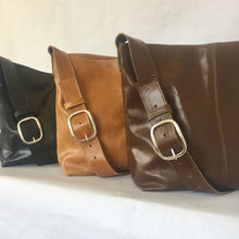 Load image into Gallery viewer, MESSENGER Leather Bag