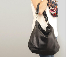 Load image into Gallery viewer, Uma Leather Crossbody Bag