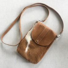 Load image into Gallery viewer, DAKOTA Cow Hide Crossbody Bag | Camel & White