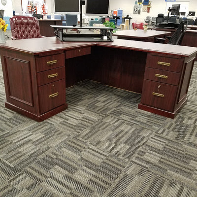 Senior Executive Workstation with Right Return Mahogany