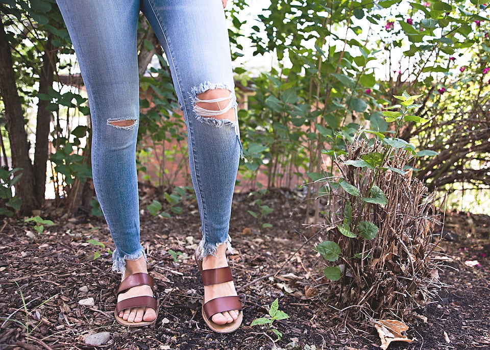 Avyn Fray Jeans - Copper Sky Boutique
