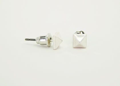 Pyramid Studs - Copper Sky Boutique