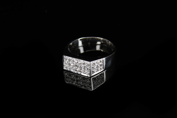 18K W/G Diamond Ring 0.95ct