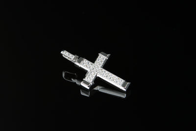 18K W/G Diamond Cross 0.43ct