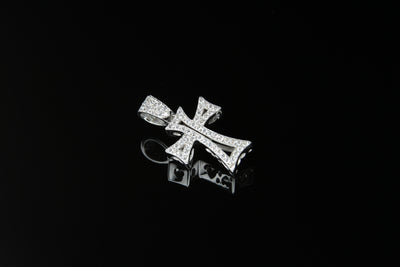18K W/G Diamond Cross 0.62ct