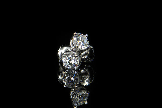 14K W/G Diamond Stud Earrings 0.95ct