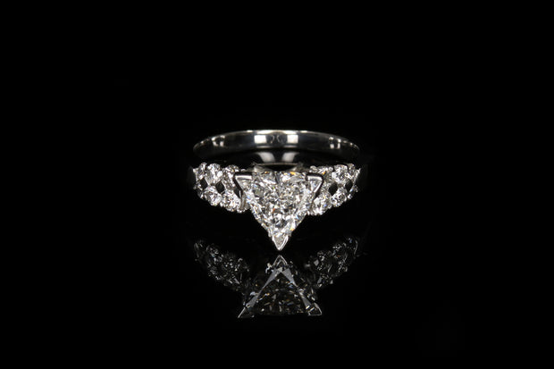 18K W/G Engagement Ring C0.99ct S0.64ct