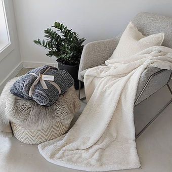 Sold out - Twist Knit Blanket