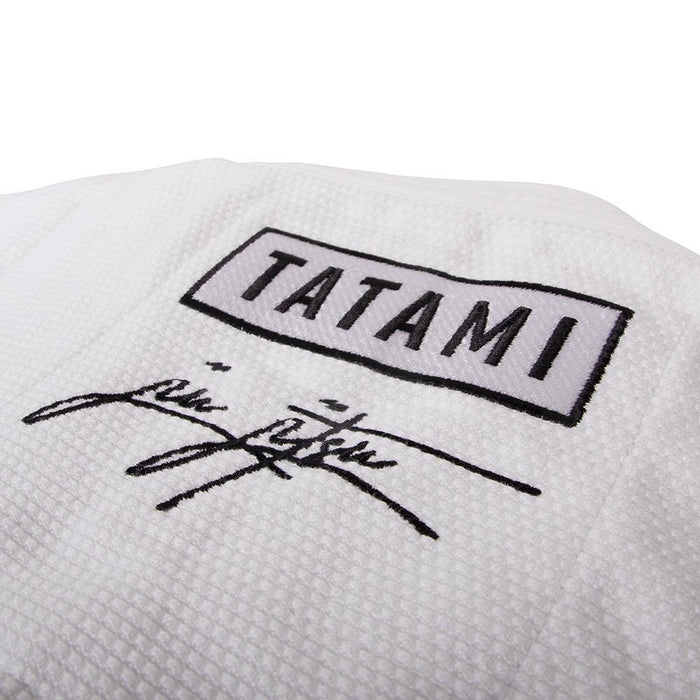 Tatami Signature BJJ Gi white jacket logo closeup