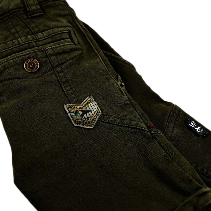 Alanzo Short Chino Winter-Mos detail embleem