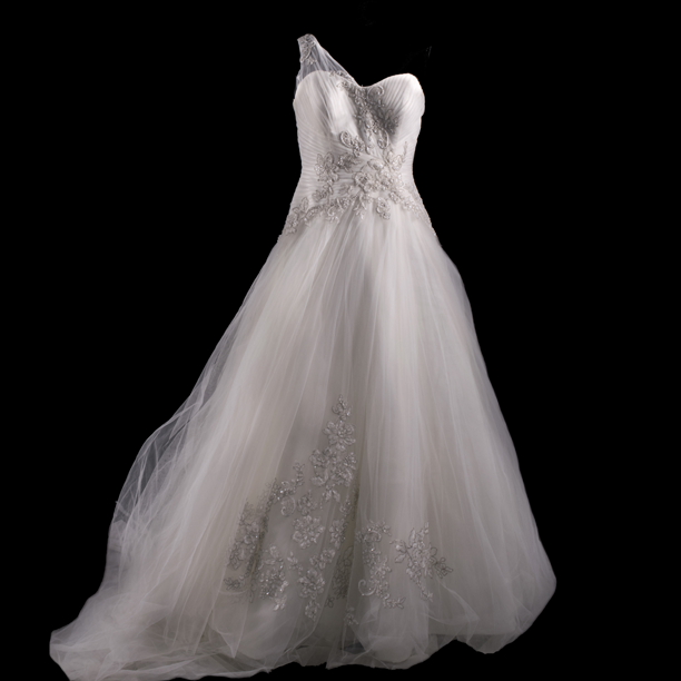 Oleg Cassini Wedding Gown