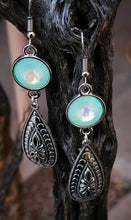 Load image into Gallery viewer, Aurora Borealis Mint Green Drop Earrings