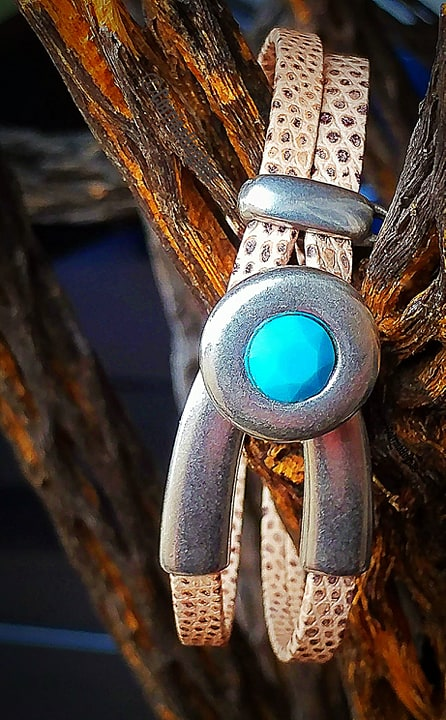 Light Lizard Leather Turquoise Bracelet