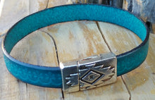 Load image into Gallery viewer, Cielo Azul Magnetic Cuff