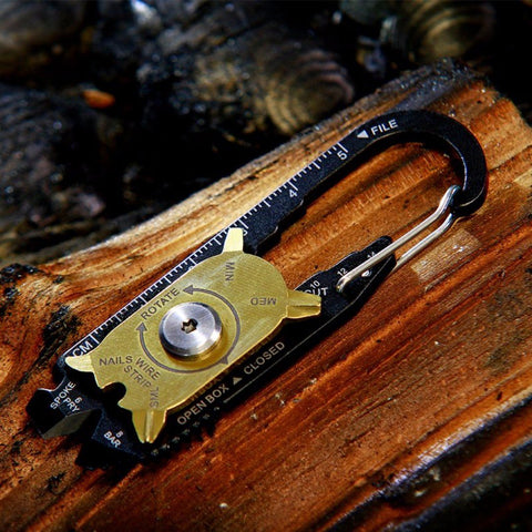 MULTI-FUNCTIONAL SURVIVAL KEYCHAIN