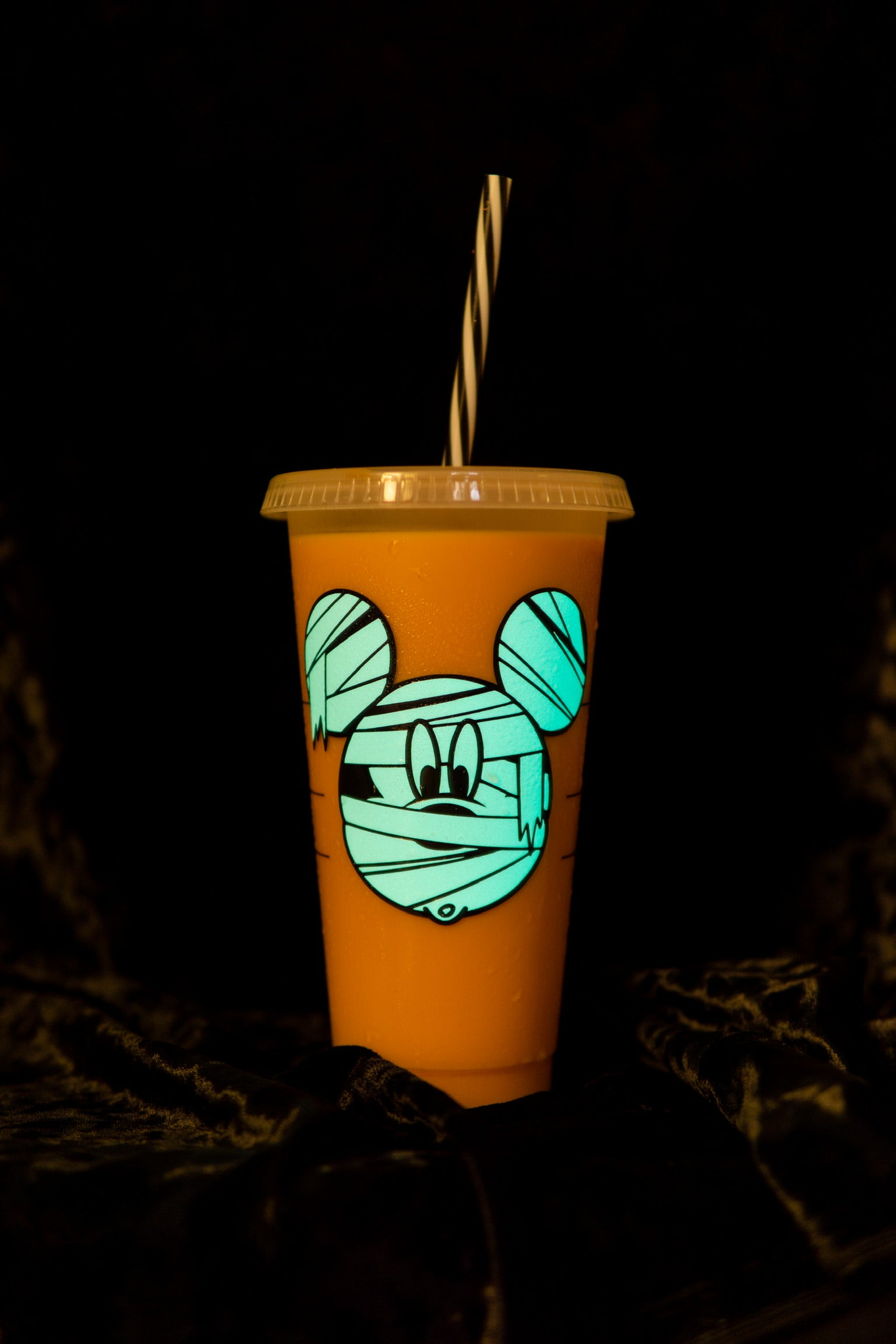 BOO! MUMMY MOUSE—GLOW IN THE DARK