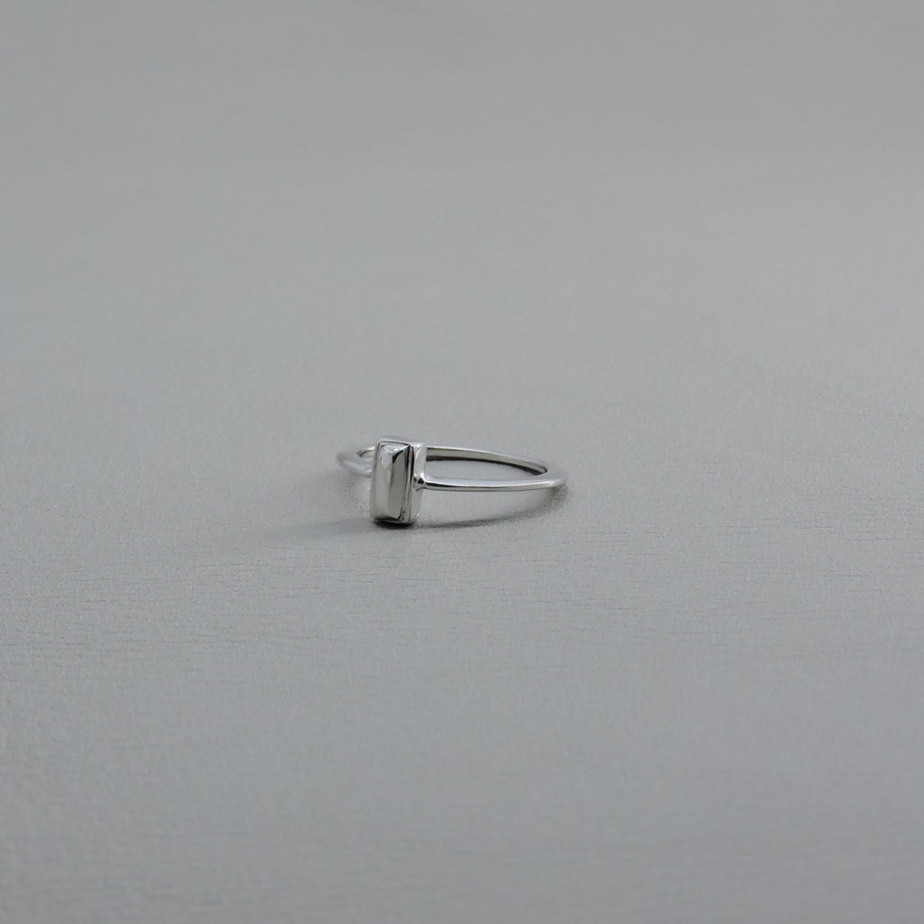 Ngb Jewels - Rectangular Silver Stone Ring