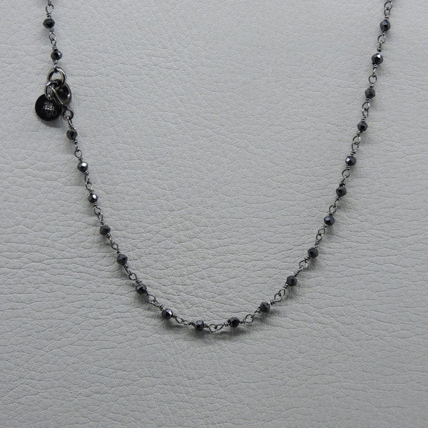Rosary Short Necklace | Black