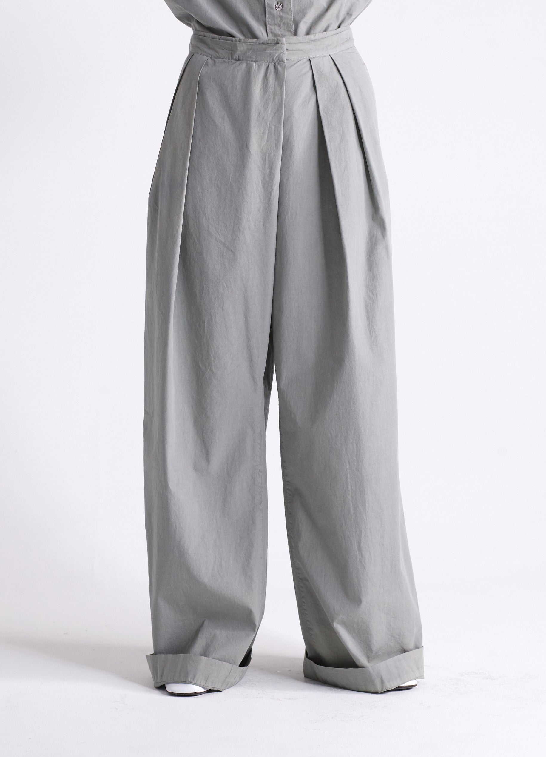 ASYMETRICAL PANTS