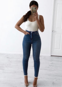 Wakee - Saxon High Waisted Jeans