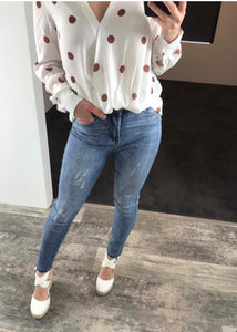 Wakee - Nova Retro Look High Waisted Distressed Jeans