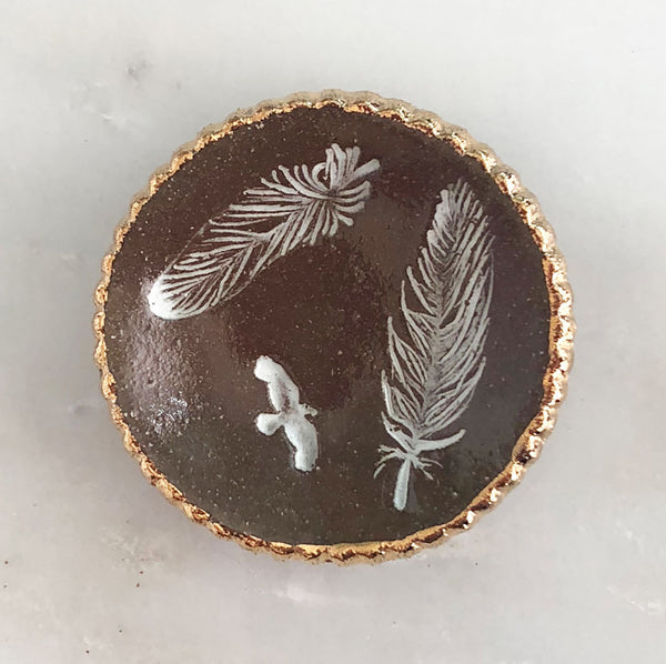 Feather Ring dish with gold detail