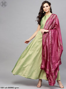 Green Solid Lehenga With Choli & Purple Dupatta