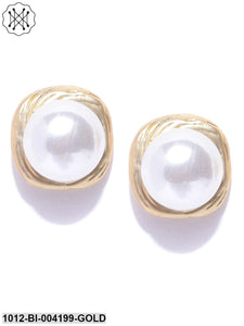 Prita Off-White Gold-Plated Beaded Handcrafted Spherical Studs